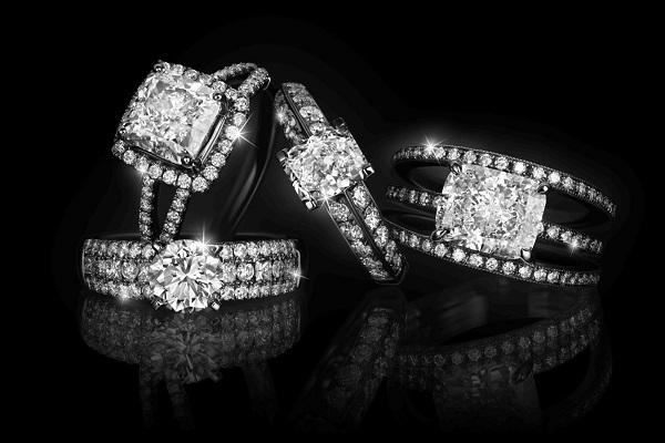 nhẫn kim cương vàng 18k