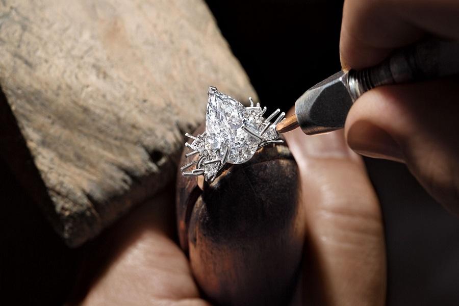 vỏ nhẫn kim cương nữ