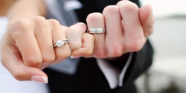 Nhẫn cặp kim cương mang tới sự sang trọng