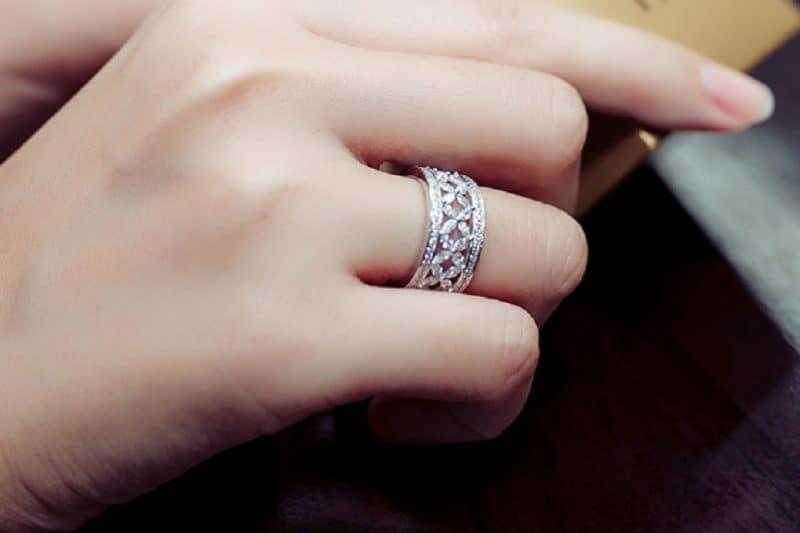 Khám phá các mẫu nhẫn kim cương giá rẻ cho mọi cô nàng