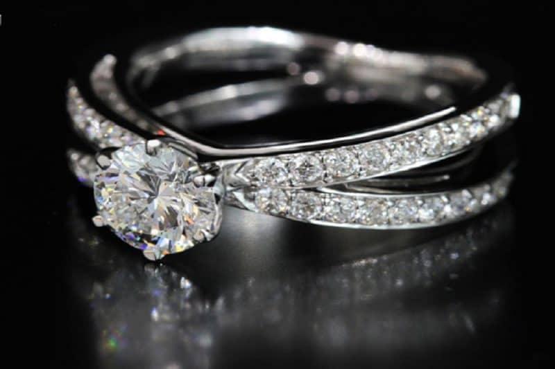 Những tiêu chí lựa chọn địa điểm mua bán nhẫn kim cương uy tín