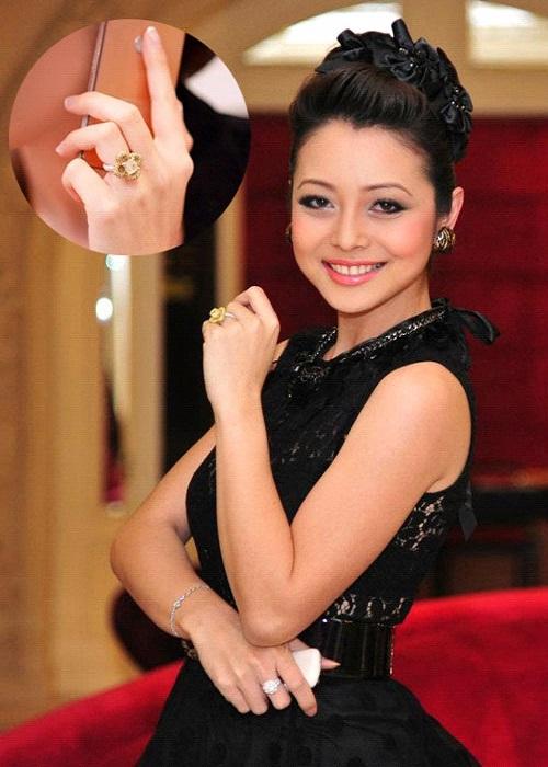 Giá trị chiếc nhẫn kim cương đắt tiền của Jenifer Phạm
