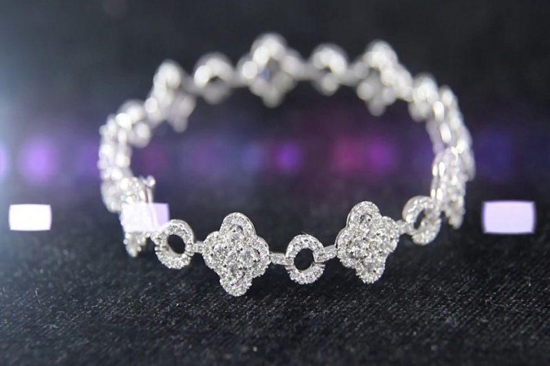 Các kiểu nhẫn vàng kim cương đẹp tinh tế dành riêng cho cô dâu