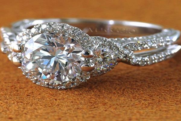 ổ nhẫn kim cương nữ đẹp từ chất liệu bạch kim