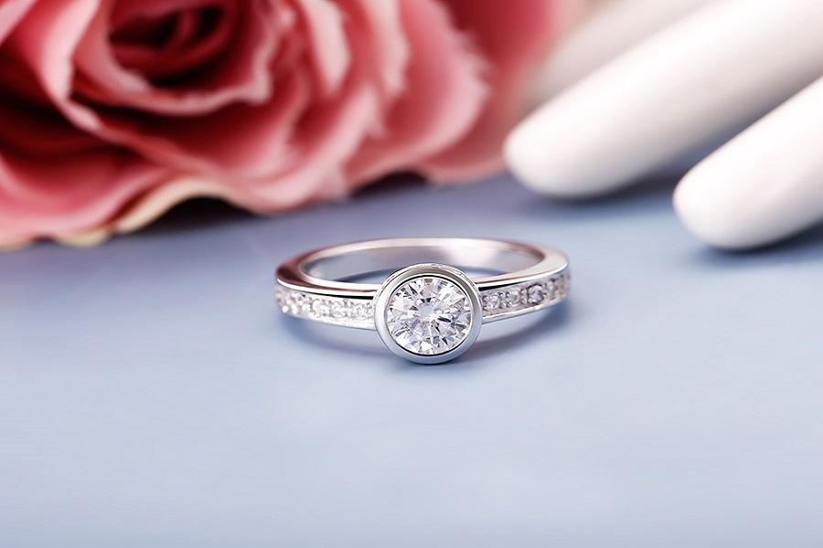 những mẫu nhẫn kim cương đẹp