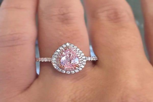 Phá cách với thiết kế nhẫn cưới kim cương đẹp - độc - tinh xảo