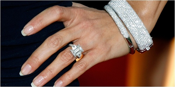 Nhẫn kim cương cho nam kiểu hoa, lá, cành