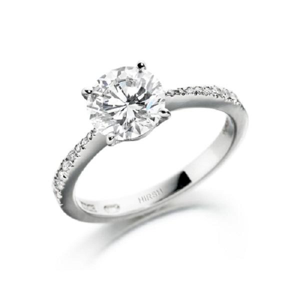 Nhẫn kim cương tấm kết hợp viên kim cương chủ đạo