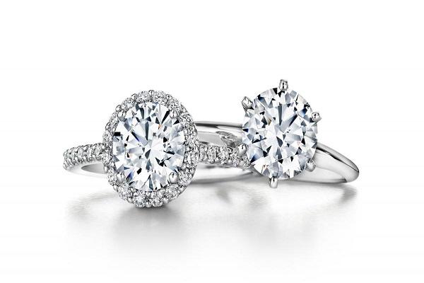 những mẫu nhẫn kim cương thiết kế độc đáo