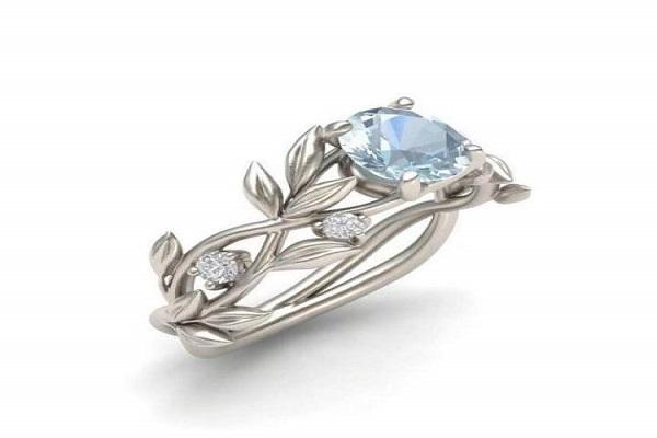 Nhẫn cưới được thiết kế với kiểu dáng sang trọng, tinh tế cho cô dâu