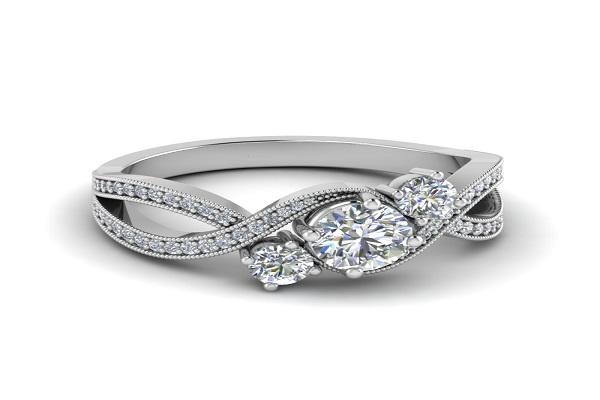 Nhẫn kim cương dạng xoắn