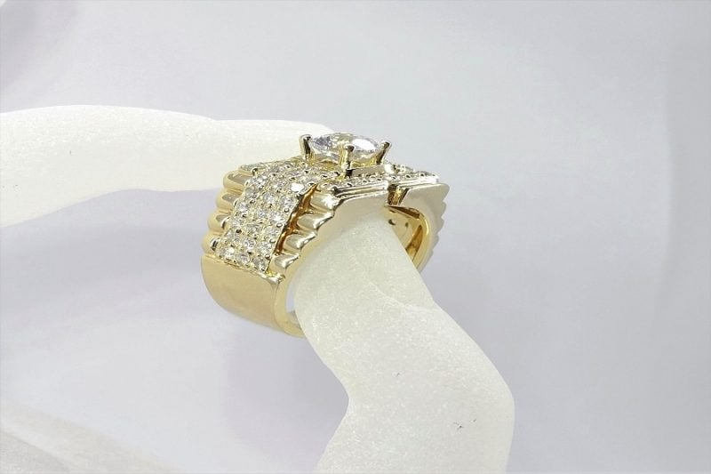 Ổ nhẫn kim cương Hong Kong có gì đặc biệt?