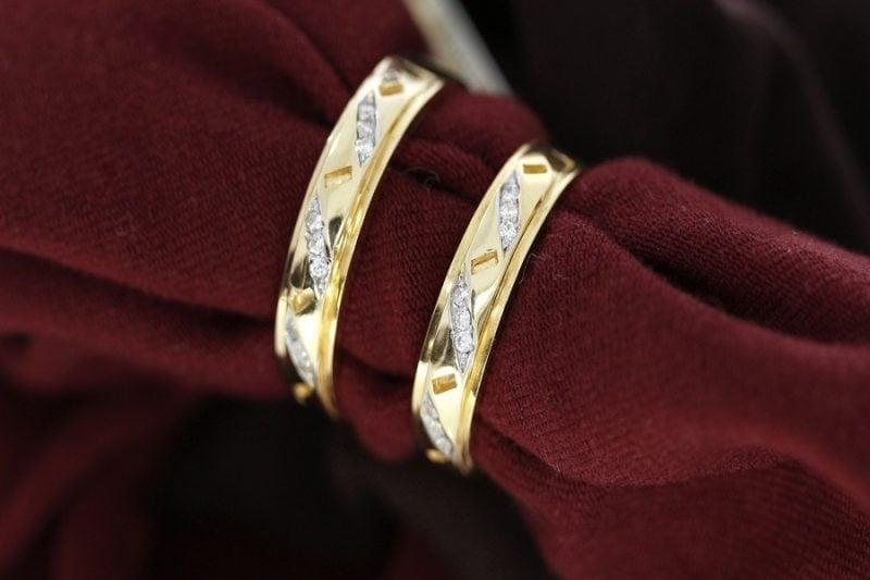 Kinh nghiệm chọn mua nhẫn vàng tây nam giá rẻ
