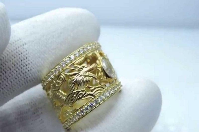 Những mẫu nhẫn vàng tây nam đẹp quý ông cần sở hữu
