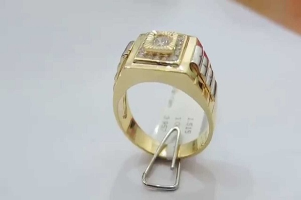 Chọn chất liệu vàng của ổ nhẫn phù hợp với kinh tế