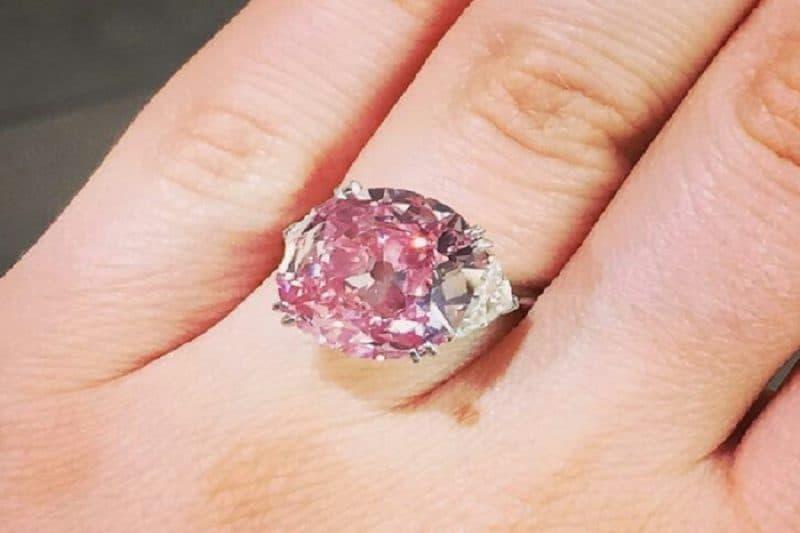 Những hình ảnh nhẫn kim cương đẹp tinh tế đến từng chi tiết
