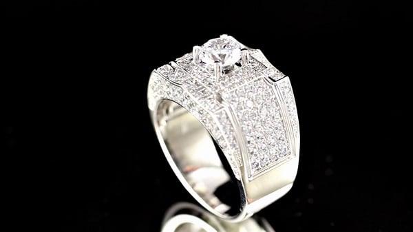 Nhẫn kim cương cao cấp