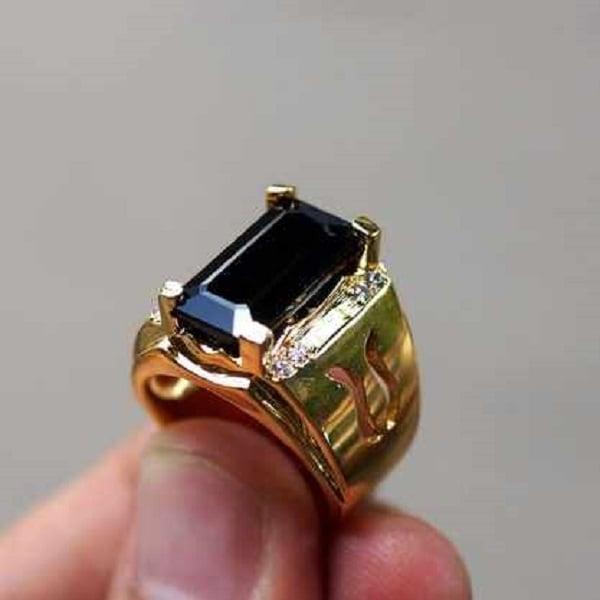 Nhẫn kim cương tấm làm từ vàng 24K
