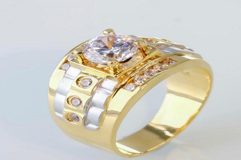 Những mẫu nhẫn nam vàng 18k đẹp nhất thu hút phái mạnh