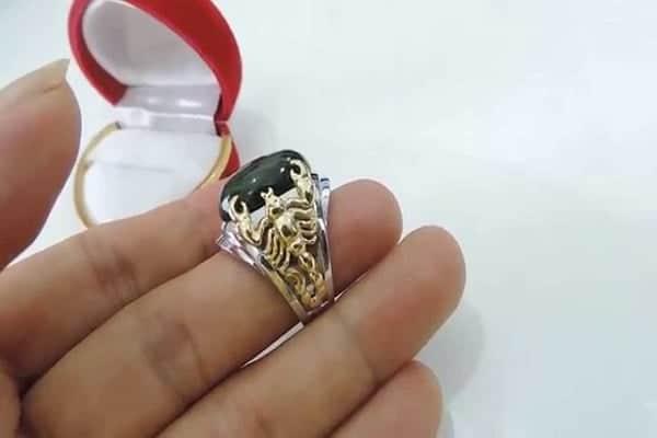 Nhẫn vàng nam mặt đá đen tứ long quy tụ