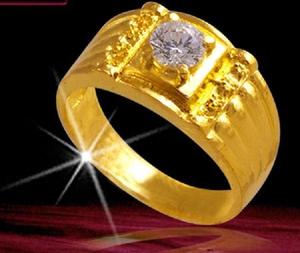 Vỏ nhẫn kim cương chất liệu vàng cổ điển