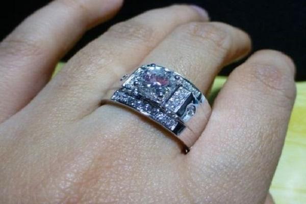 vỏ nhẫn nam kim cương viền đính kim cương