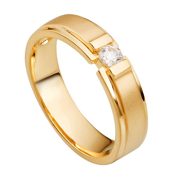Nhẫn vàng nữ 18k giá rẻ hay không phụ thuộc vào đá quý đính kèm