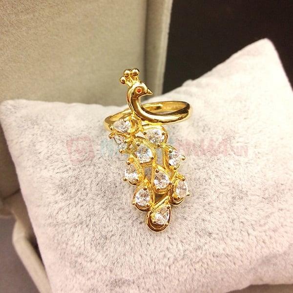 Có nên mua nhẫn nữ vàng tây 18k không?
