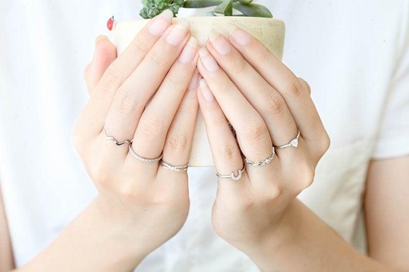 Khám phá các kiểu nhẫn vàng đẹp cho nữ đẹp – độc – chất