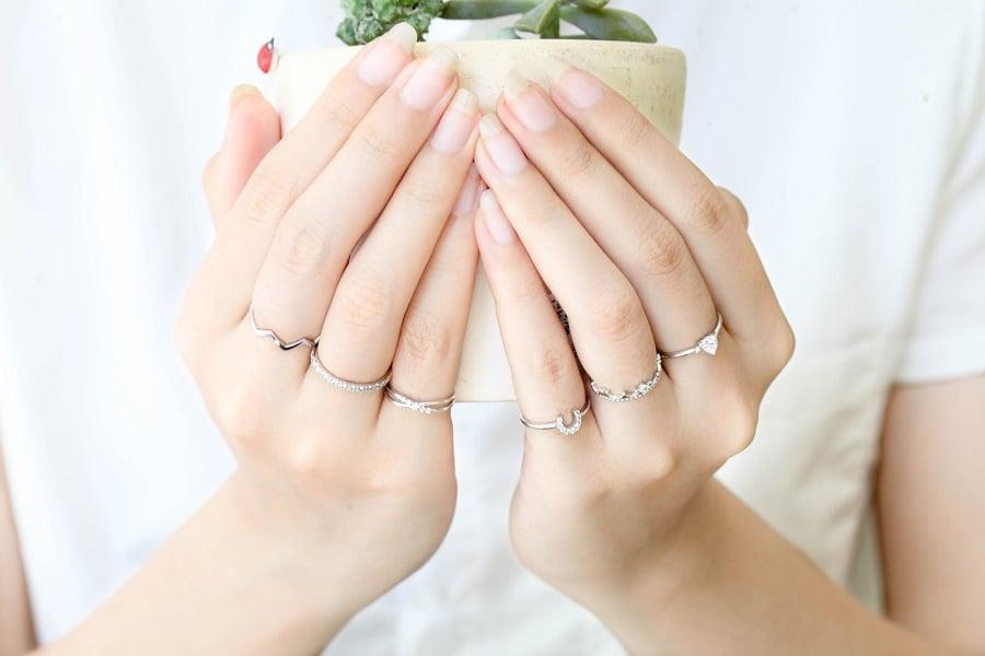 các kiểu nhẫn vàng đẹp cho nữ