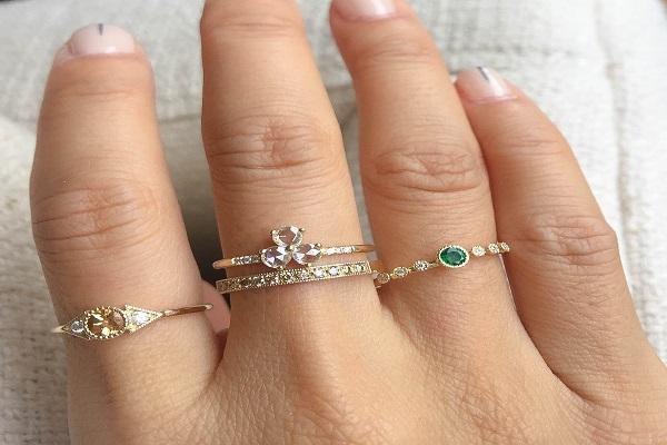 Nhẫn vàng đẹp cho nữ mẫu nhẫn hoa lá, cành