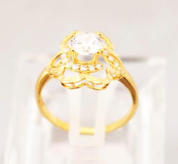 Mẫu nhẫn vàng nữ 18k đẹp chạm khắc hình bông hoa