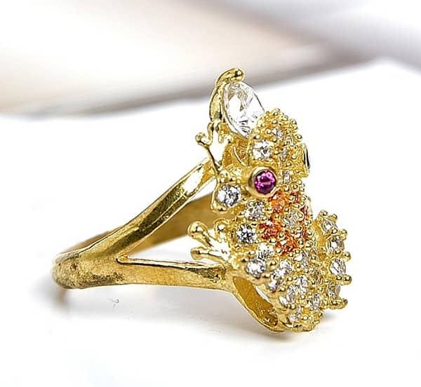 Nhẫn nữ vàng 18k tạo hình con vật
