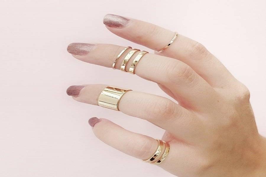 nhẫn nữ vàng tây
