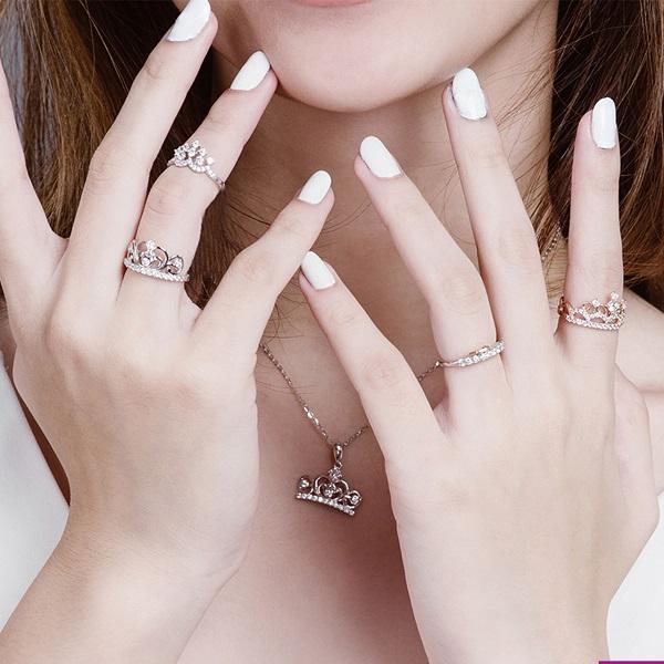Nhẫn nữ vàng 18k kiểu quý tộc