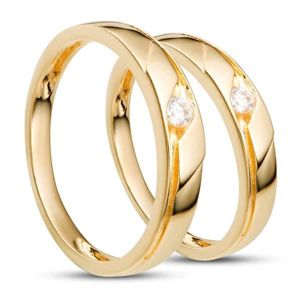 Điểm cộng là nhẫn vàng nữ 14k rất chắc là do vàng 14k đã được kết hợp cùng một số kim loại cứng khác