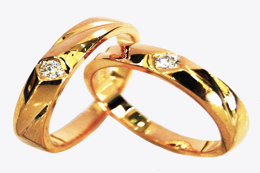 Nhẫn vàng 18k nữ giá rẻ từ chất liệu vàng tây