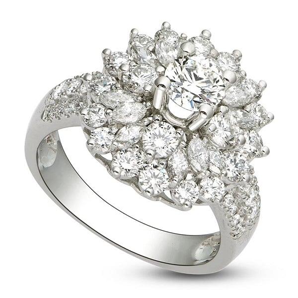 Mẫu nhẫn vàng trắng đính đá