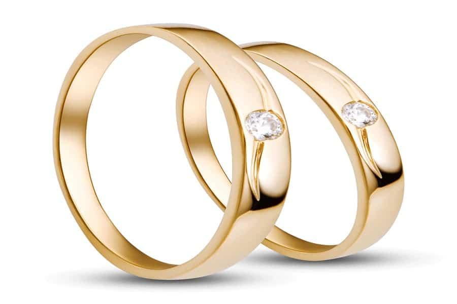giá nhẫn vàng 18k nữ