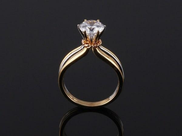 Nhẫn vàng ý nữ đẹp kiểu cổ điển