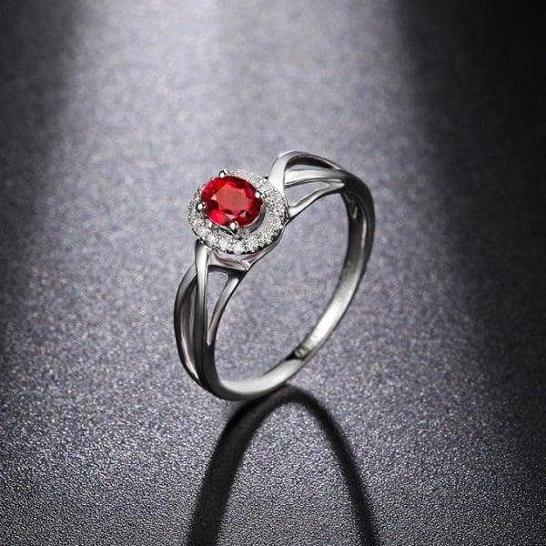 Nhẫn vàng trắng nữ mặt đá đỏ