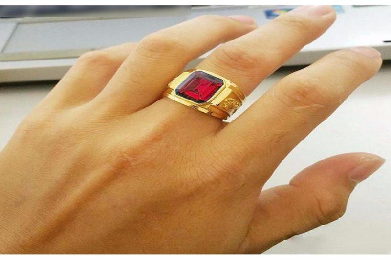 Những lý do nên đeo nhẫn vàng nam 18k 2 chỉ