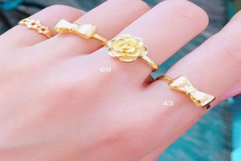 Có nên sử dụng nhẫn nữ vàng tây 10k không?