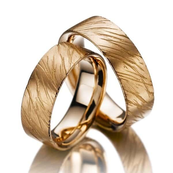 Nhẫn nữ vàng tây đẹp phá cách