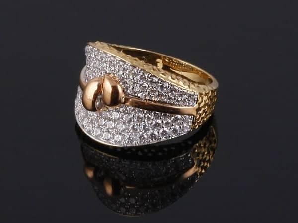 Giá trị của nhẫn nữ vàng Ý cũng được đánh giá cao không thua kém vàng ta