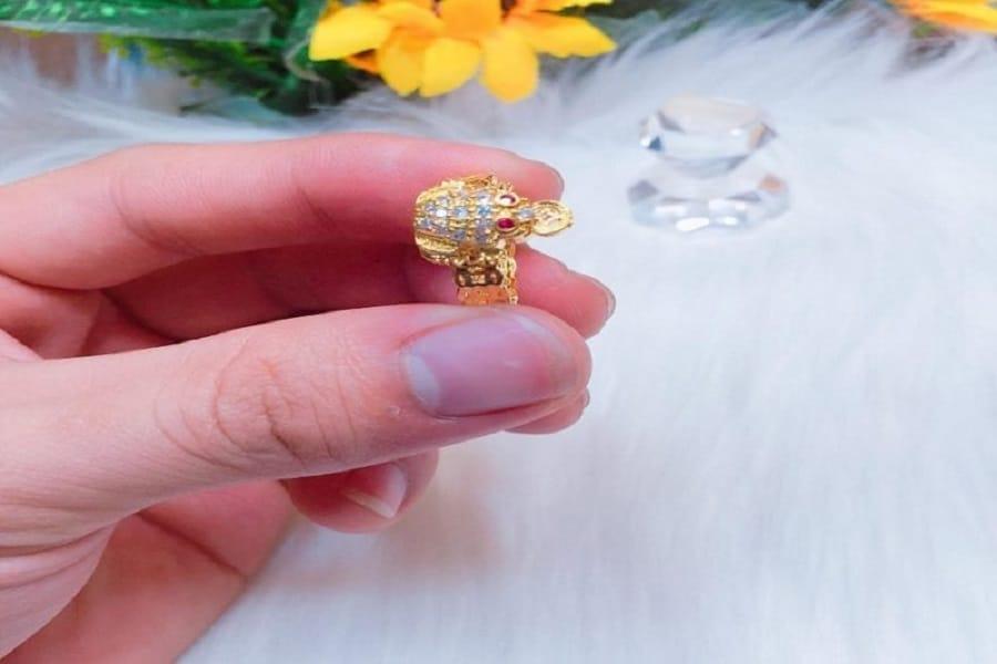 nhẫn vàng 18k cho nữ