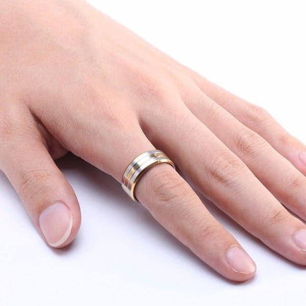 Nhẫn vàng đeo tay nam để tạo điểm nhấn