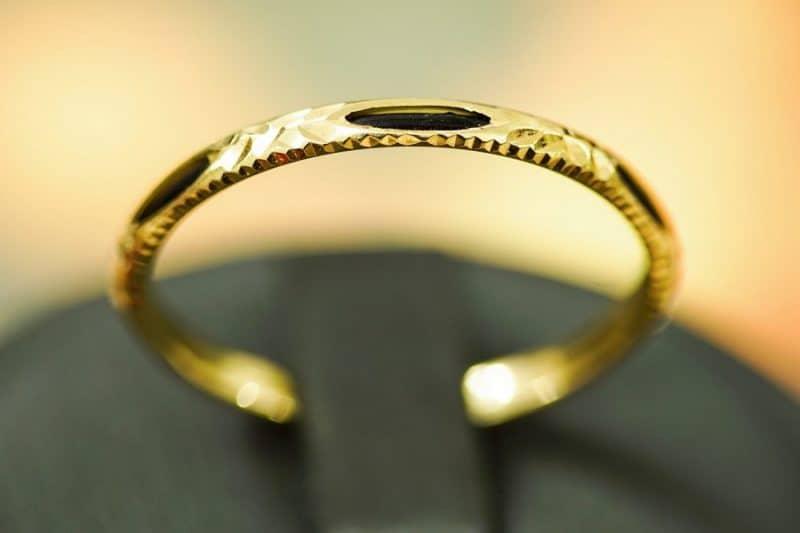 Cách phân biệt nhẫn nữ vàng 18k thật giả