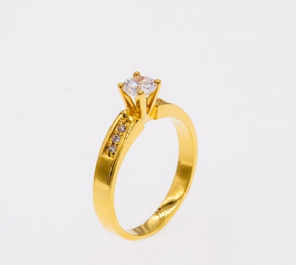 Vàng ta là chất liệu có giá trị cao, bởi vì có chứa tới 99,9% vàng nguyên chất bên trong.