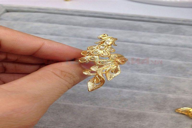Làm sao để nhận biết vàng 18k nhẫn nữ thật giả?